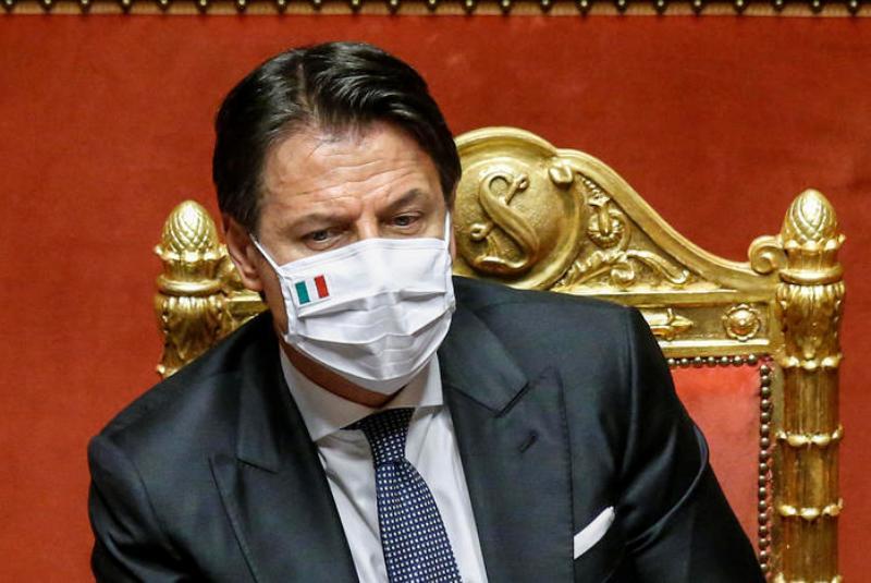 giuseppe-Conte-mascherina-covid-Italia-2020